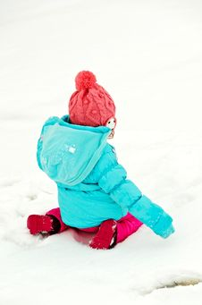 Free Kid Playing In The Snow Stock Photography - 23769902