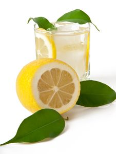 Free Lemon Drink With Ice Royalty Free Stock Photo - 23775725