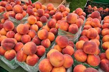 Free Organic Peaches Stock Images - 23791364