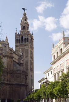Giralda In Seville Royalty Free Stock Photos