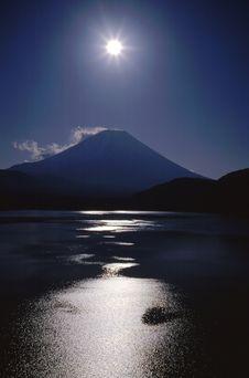 Free Mount Fuji XXII Royalty Free Stock Photo - 2386495