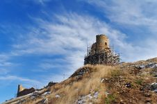 Free The Ruins Of A Medieval Fortress Royalty Free Stock Photo - 23800905