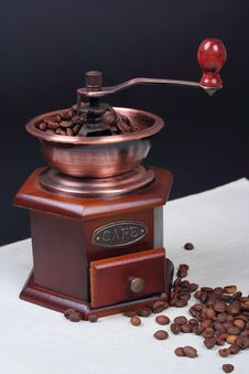 Free Still-life With A Manual Coffee Grinder Royalty Free Stock Images - 23827509