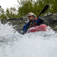 Free Kayaker In The Waterfall Royalty Free Stock Photo - 23831985