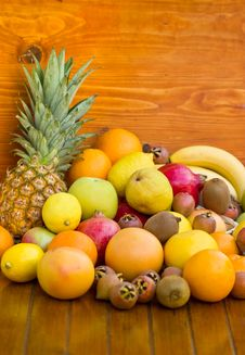 Free Fresh Organic Fruits Stock Photos - 23840623