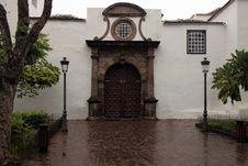 Free Icod De Los Vignos In The Rain Royalty Free Stock Images - 23843229