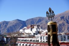 Free Potala Palace In TIBET Royalty Free Stock Image - 23846216