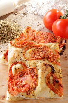 Free Homemade Pizza With Tomato And Oregano Stock Photos - 23867093