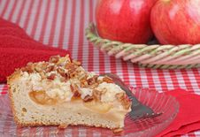 Free Apple Nut Coffee Cake Royalty Free Stock Photo - 23870685