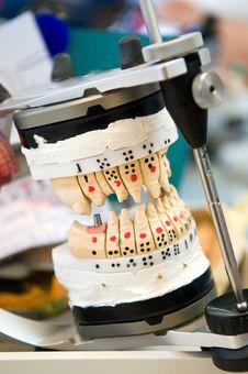 Free Dental Instruments Royalty Free Stock Photos - 23876648