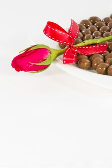 Free Chocolate And Rose In The Valentine S Day Stock Images - 23884304