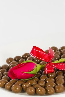 Free Chocolate And Rose Stock Photography - 23884782