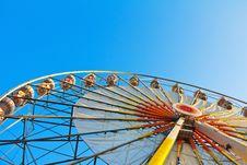 Free Ferris Wheel On A Sunrise Royalty Free Stock Photos - 23886708
