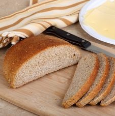 Free Loaf Of Rye Bread Royalty Free Stock Photography - 23898157