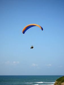 Free Parachute With Man Royalty Free Stock Image - 2392696