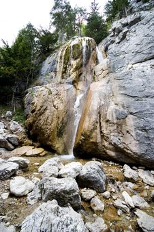 Free Little Waterfall Royalty Free Stock Image - 2394176