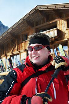 Free Cheerful Men In Ski Resort Royalty Free Stock Photos - 23902108