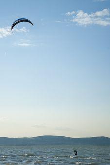 Free Kite Surfing Royalty Free Stock Photos - 23910298