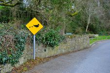 Duck Crossing Sign Royalty Free Stock Photos