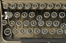 Free Qwerty Keyboard Old Typewriter Royalty Free Stock Images - 23937509