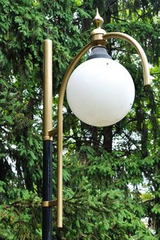 Free Lamp A Park Royalty Free Stock Image - 23950666