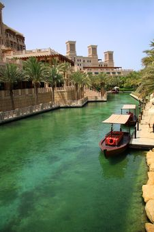 Free Madinat Jumeirah Channel Royalty Free Stock Photos - 23955998