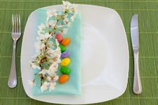 Free Easter Place Setting With Spring Flowers Stock Photo - 23957940