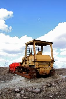 Free Rusted Bulldozer Royalty Free Stock Photography - 23958987