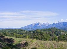 Free Apuan Alps Royalty Free Stock Photo - 23989185