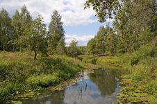 Free Small Quiet River Stock Photography - 23996012