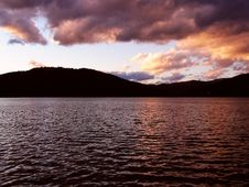 Free Sunset Over The Lake Royalty Free Stock Photography - 249717