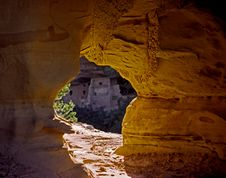 Free Mesa Verde Arch Royalty Free Stock Image - 2405666