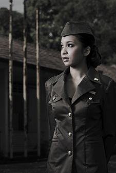 Free Female Army Personnel Royalty Free Stock Photography - 2406217
