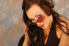Free Pretty Brunette In Sunglasses Royalty Free Stock Images - 2406319