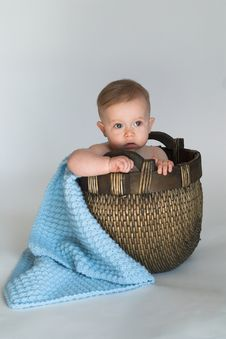 Free Basket Baby Royalty Free Stock Photos - 2407718