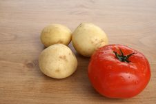 Free Fresh Tomato And Potatoes Royalty Free Stock Photo - 2408285