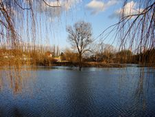 Free Lake And Sky Royalty Free Stock Photo - 2408525