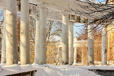 Free Colonnade Of The Old Manor Royalty Free Stock Photography - 24013867
