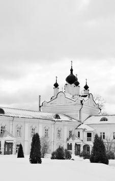 Free Kazan Church Of The Nicholas Ugreshsky Monastery Royalty Free Stock Image - 24016176