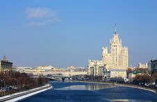 Free Moscow River In The Spring Stock Images - 24016364