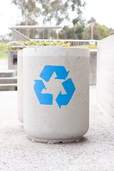 Free Concrete Recycle Bin Stock Photo - 24017350