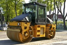Free Road Roller On A Street Stock Photography - 24022662