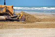 Free Bulldozer In The Sand Stock Photography - 24026562