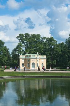 Free Pavilion By Pond In Catherine Park, Tsarskoye Selo Royalty Free Stock Photos - 24048058