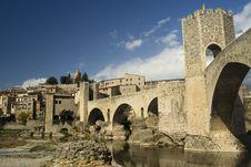Free Cityscape Of Besalu, Spain Stock Photos - 24054933