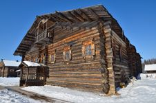 Free Old Rural Wooden House Royalty Free Stock Photography - 24055307