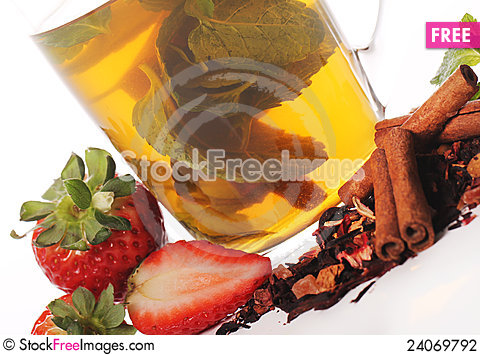 Free Fruit Tea With Strawberry Stock Photography - 24069792