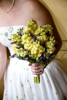 Free Wedding Bouquet Royalty Free Stock Photos - 24060068