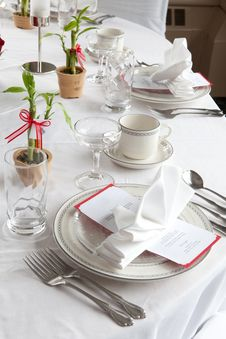 Free Wedding Table Set With Bamboo Royalty Free Stock Photos - 24060678