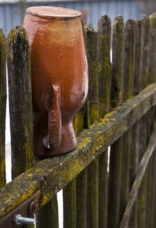 Free Pottery In Fence Royalty Free Stock Photography - 24065197